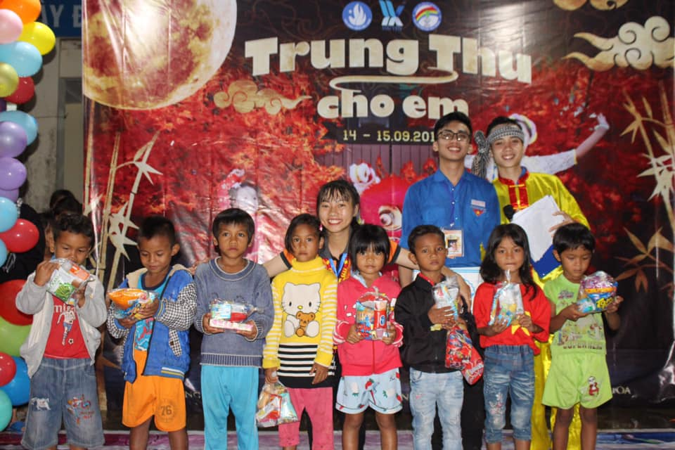 "RASING FUNDS FOR CHARITY "" MID – AUTUMN FESTIVAL FOR CHILDREN 2019"""
